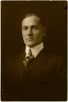 Governor Lee Russell